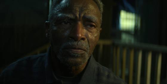 Carl Lumbly sebagai Isaiah Bradley di The Falcon and the Winter Soldier Episode 5