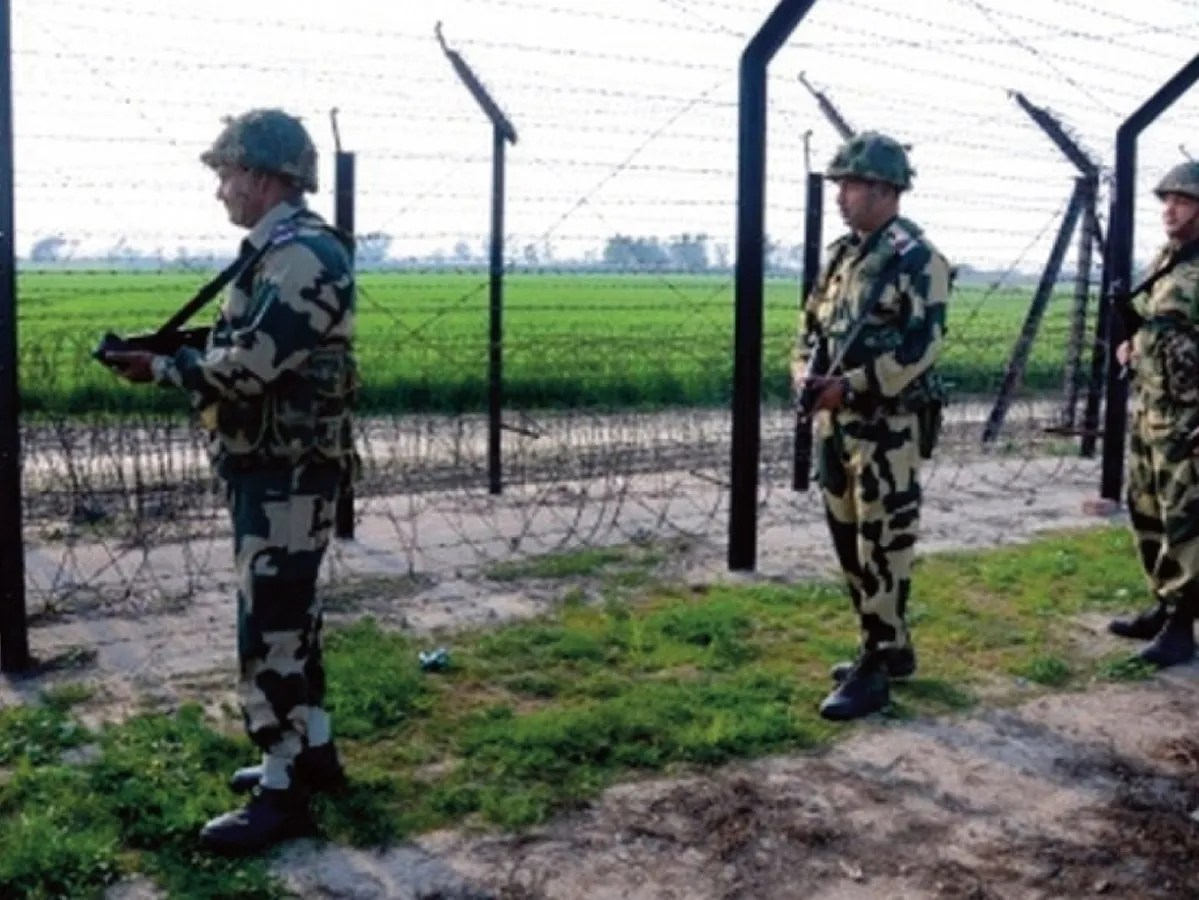 Terror groups fight among themselves in Jammu and Kashmir; Pakistani handlers issue 'synergy' advice