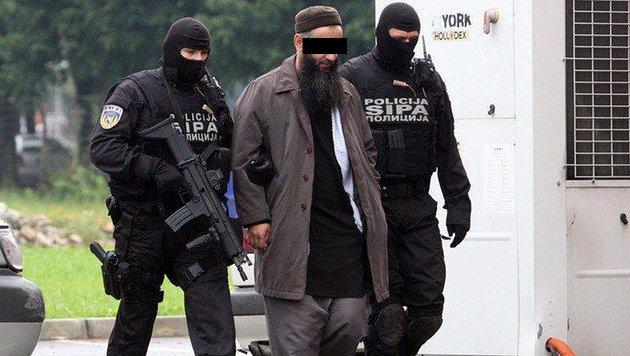 Husein Bilal Bosnic bei seiner Verhaftung im September 2014 (Bild: SIPA)