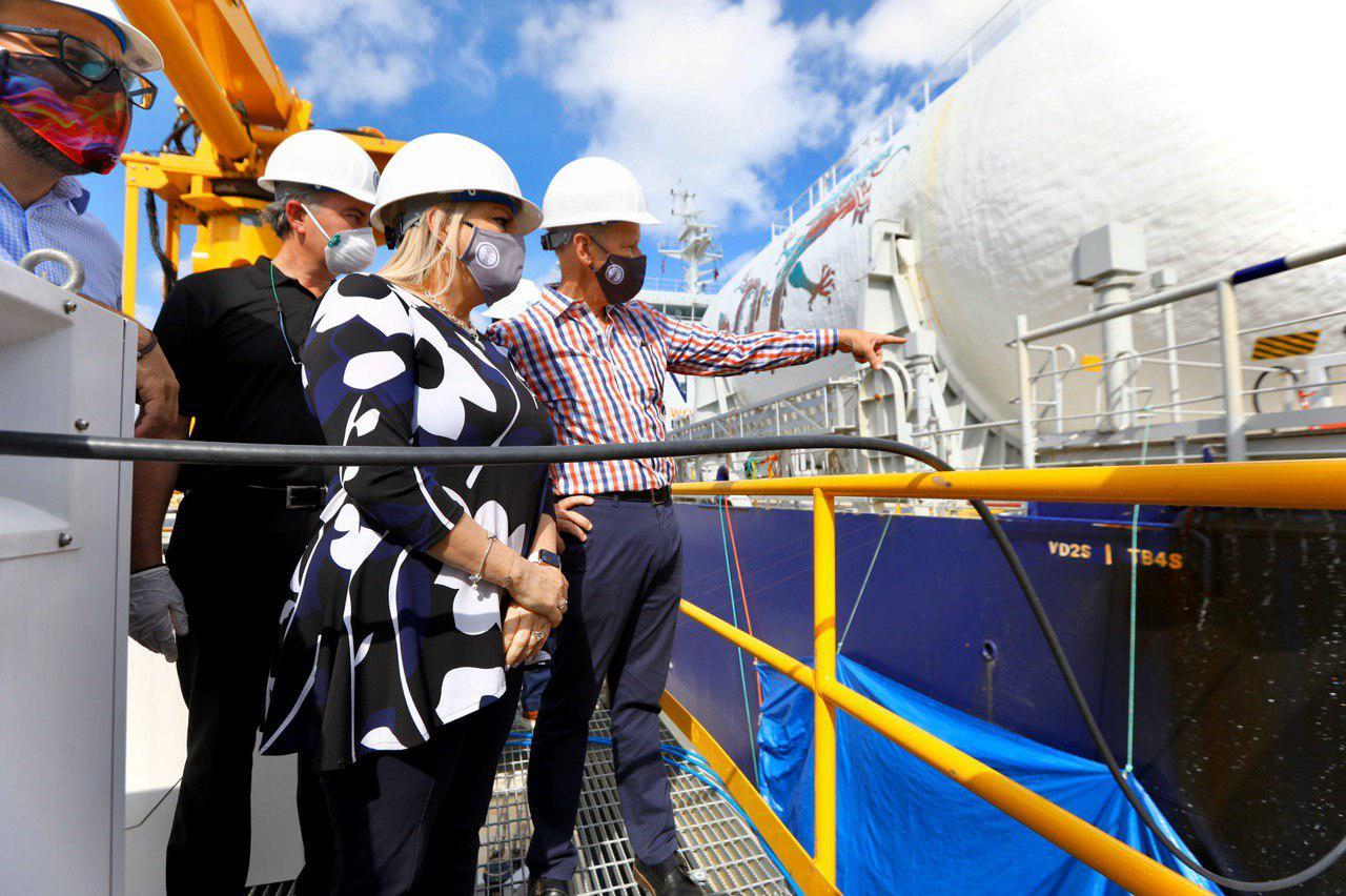 Convierten a gas natural unidades 5 y 6 de Central San Juan de la AEE
