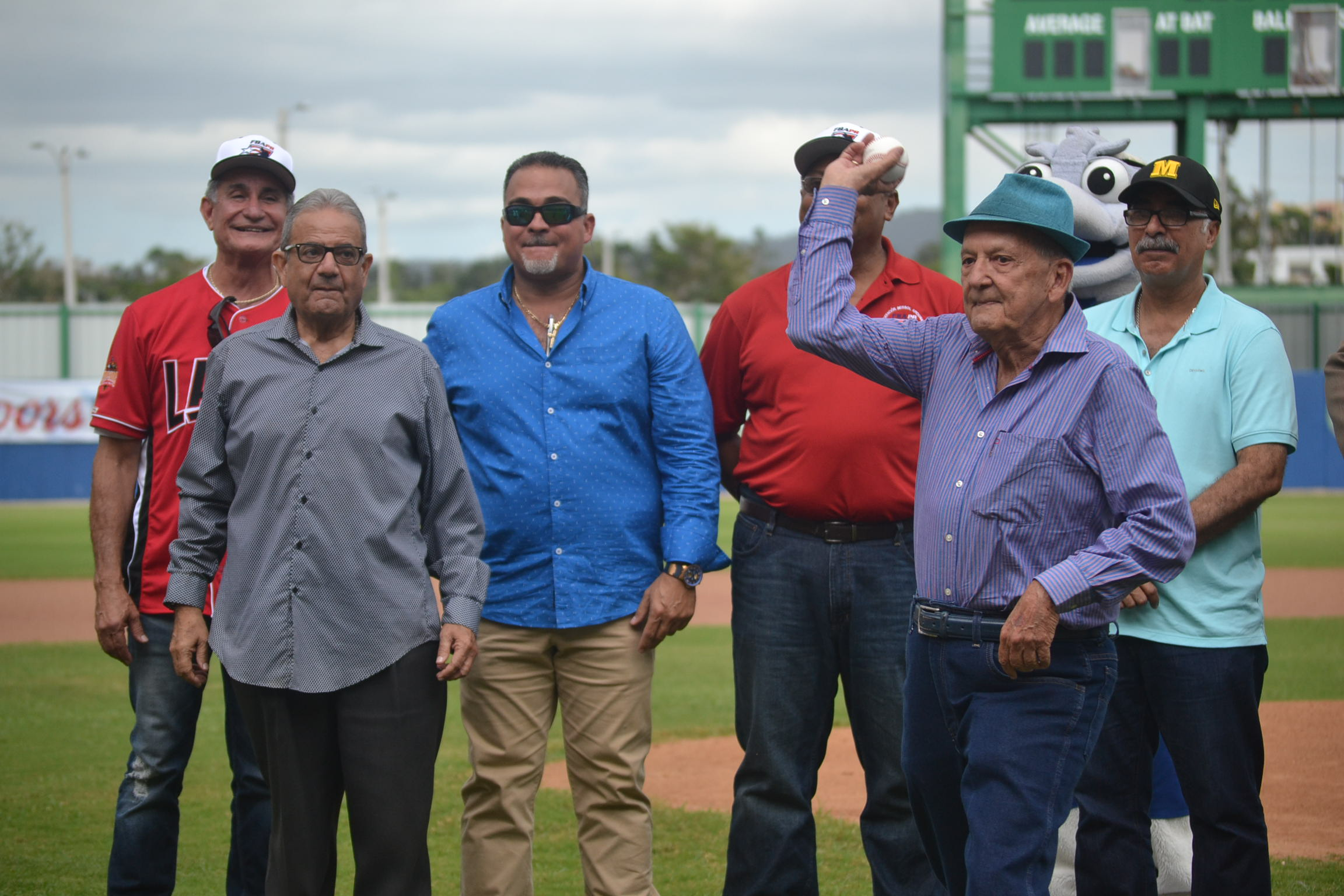 Federación de Béisbol lamenta fallecimiento periodista Luis Varela