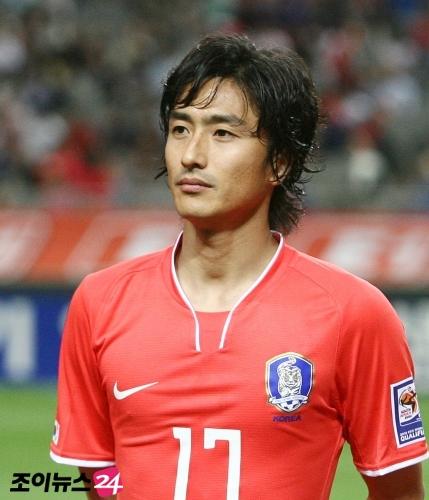 サッカー元韓国代表のアン・ジョンファンがイクメンタレントになって ...