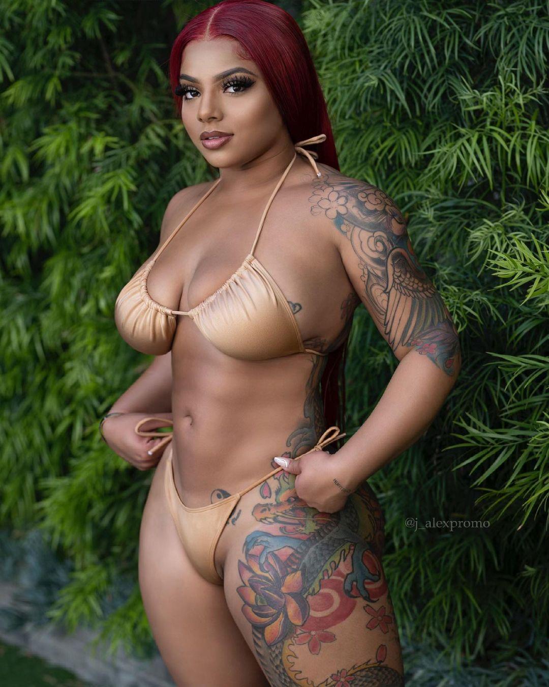 kkvsh-bikini-sexy.jpg