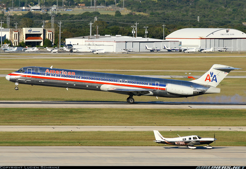 McDonnell Douglas MD-82 (DC-9-82) - American Airlines | Aviation Photo #1303443 | Airliners.net