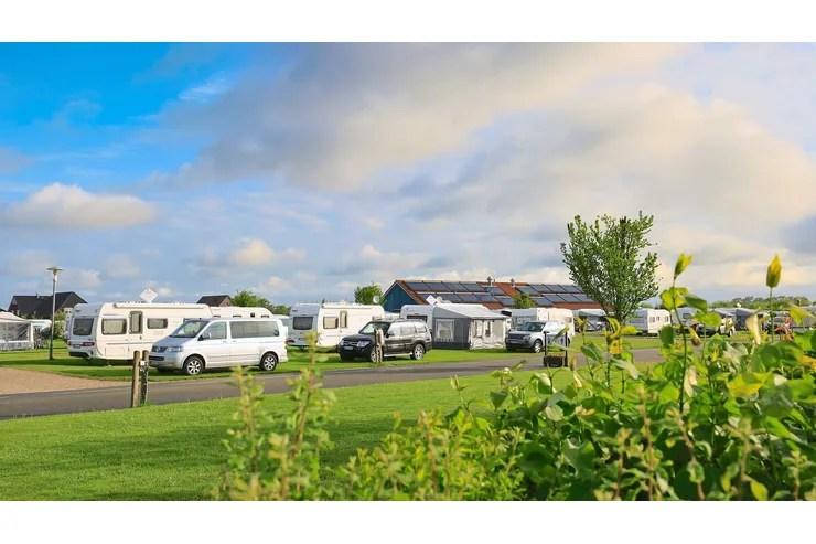 """Campingplatz-Tipp in Büsum an der Nordsee: Camping """"Zur Perle"""""""