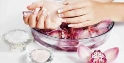 Парафинова терапия на ръце, без или със оформяне на нокти