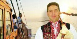 90-минутно плаване с яхта край Несебър, с жива музика от две каба гайди, плюс питка и айрян