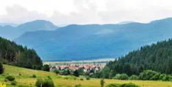 Цяло лято в село Говедарци! Нощувка със закуска и вечеря