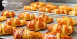 20 броя замразени френски кроасани с масло за приготвяне у дома