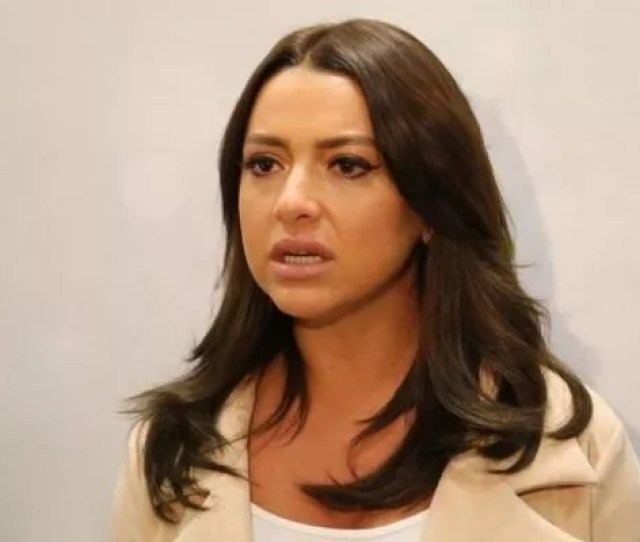 Hadises Mother Gulnihal Acikgoz Was An Attempt To Suicide Declaration By Hadise