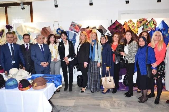 Geleneksel el sanatları sergisi açıldı
