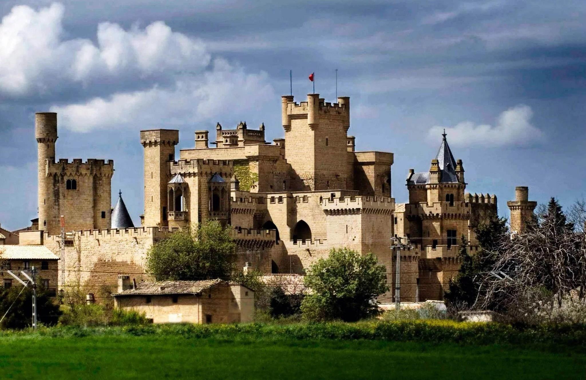 Castillo Palacio Real de Olite en Olite: 60 opiniones y 598 fotos