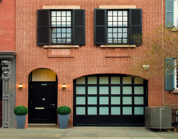 Art Collector' 14.5m West Village Carriage House