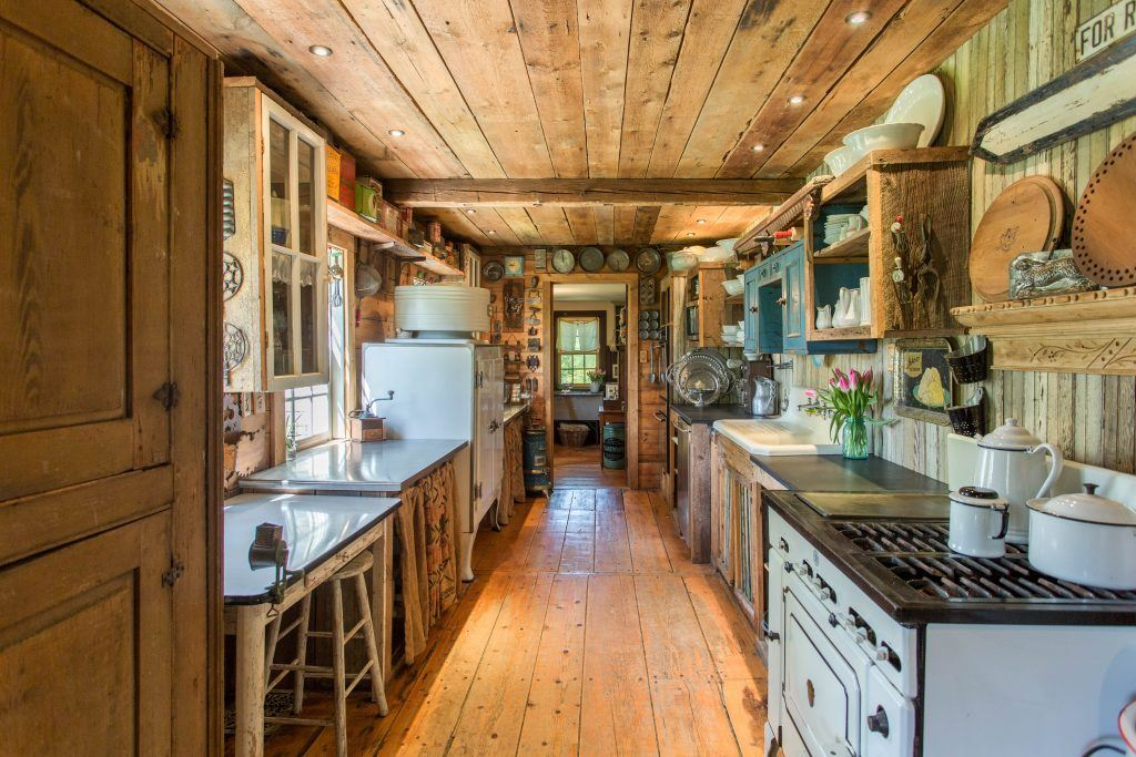 18thcentury farmhouse filled with wood and antiques asks