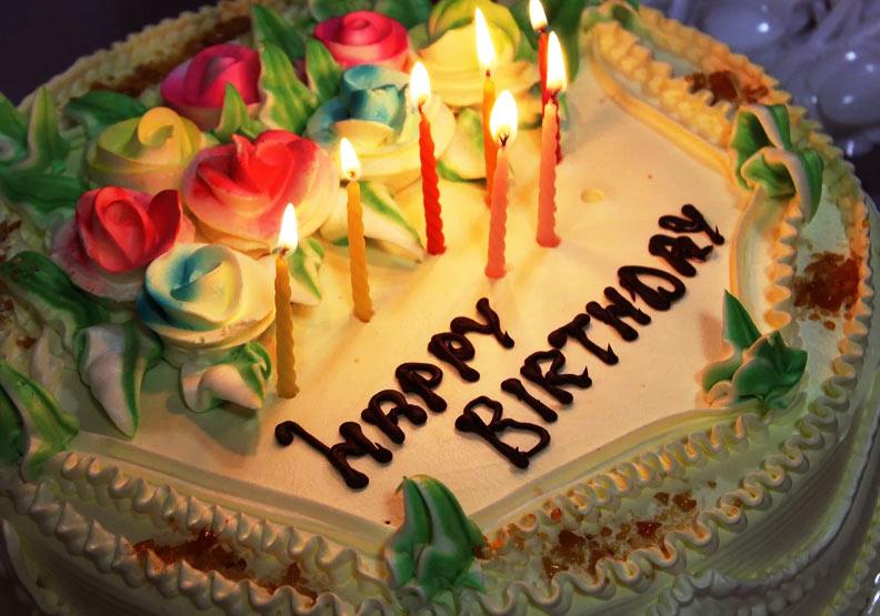 別只會「Happy birthday!」英文9金句送出你最窩心的生日祝福 | Lingvist AI學英文 | 遠見雜誌