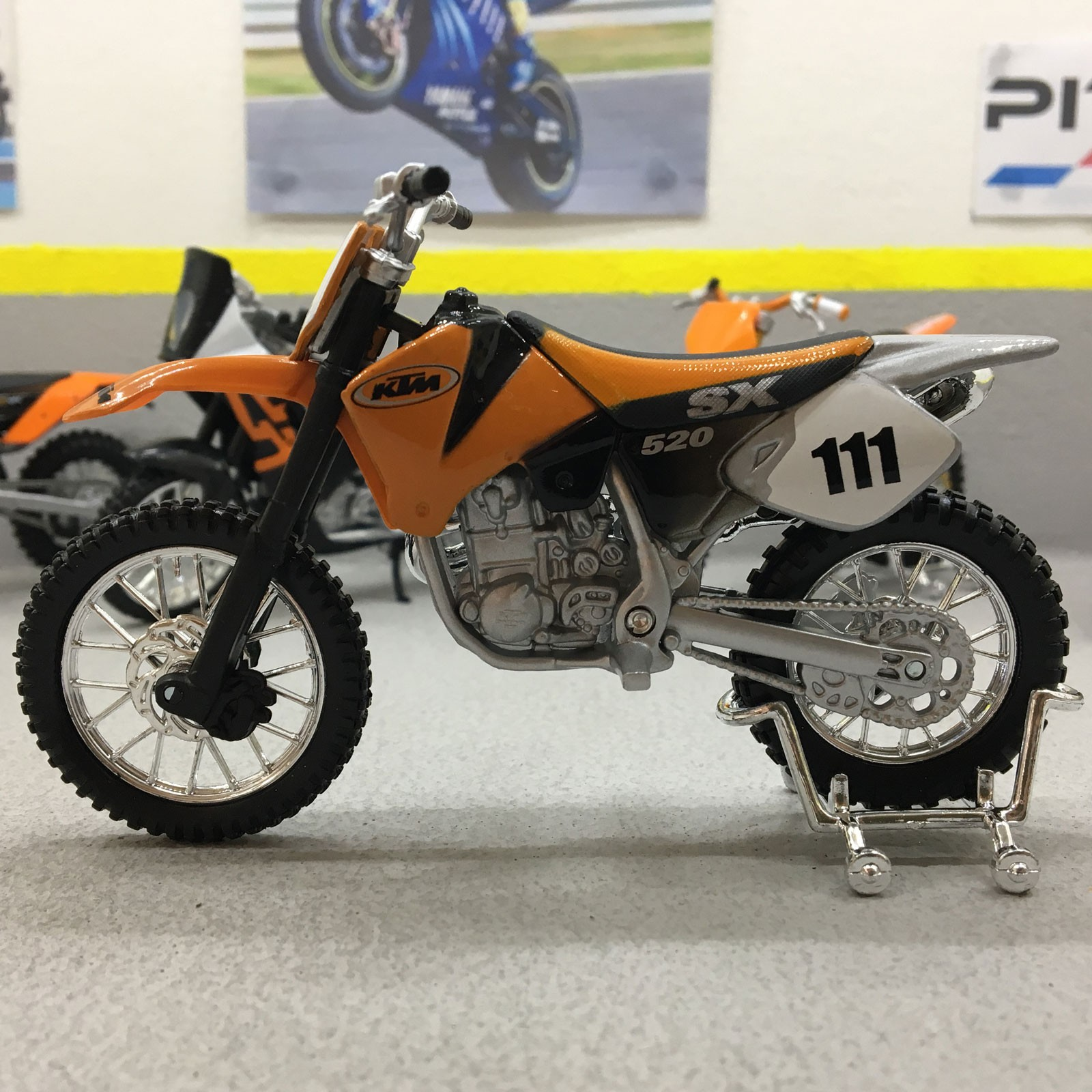 hight resolution of details about ktm 520 sx 1 18 scale die cast model motorcycle bike