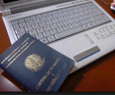 Carto de registro profissional obtido pela internet vai substituir anotao na CTPS