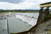 Indigenous Filipinos face down dam projects