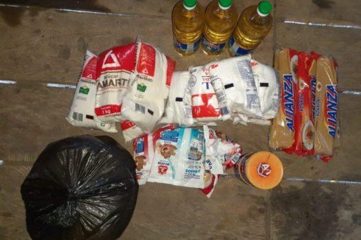 COVID19 Alimentos de la canasta básica que entregó el municipio de Trompeteros. Foto: Comunidad de Pucacuro.