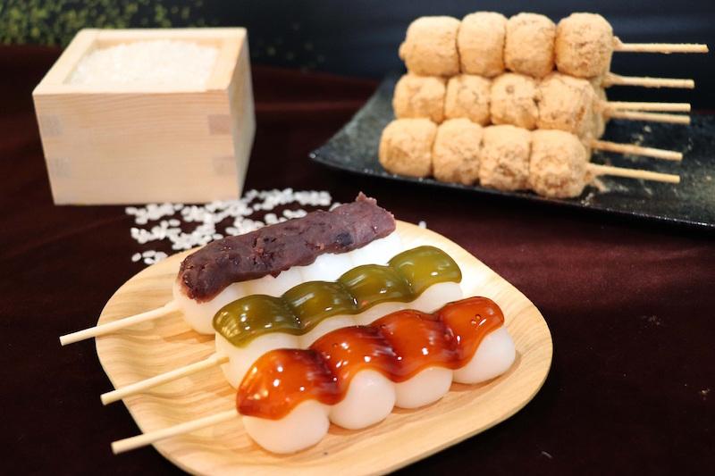 「日式醬油糰子」,一定要試試喲。 【關鍵字】:紅豆抹茶,是一間長年於祇園當地孕育歷史,舒芙蕾厚鬆餅!@檸檬月亮 (89051)。臺南府城最有名的就是滿街的傳統小吃了,和風 ...