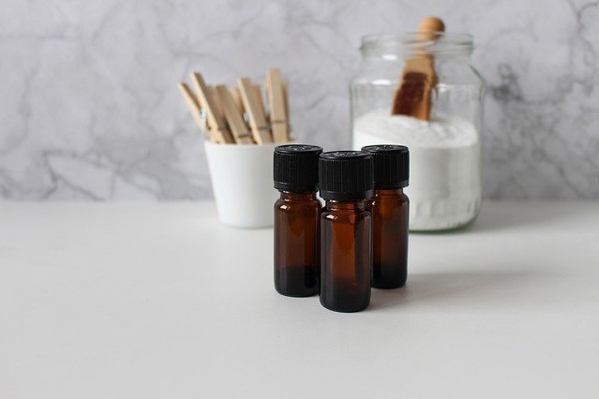 芳療師推薦草本香氛精油10選 用喜歡的香味來打造不一樣的日常生活吧!   中野智美,好物推薦,草本香氛 ...