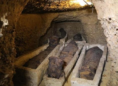 Descoberto cemitério perto das pirâmides com mais de 4.500 anos