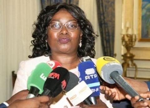 Ministra anuncia estudo para alienar Peskwanza