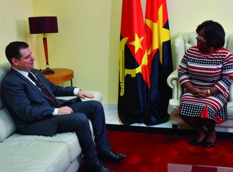 Angola e Venezuela exploram novas áreas