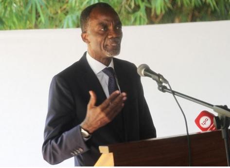 Nova direcção da União dos Escritores Angolanos toma posse