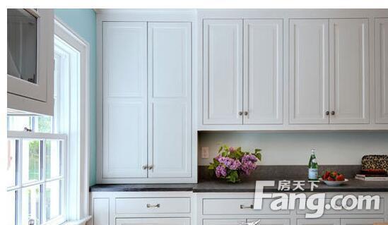 paint kitchen cabinets white unfinished home depot 白色橱柜配什么颜色台面 白色橱柜的保养方法 房天下装修知识 白色橱柜配什么颜色台面白色橱柜的保养方法
