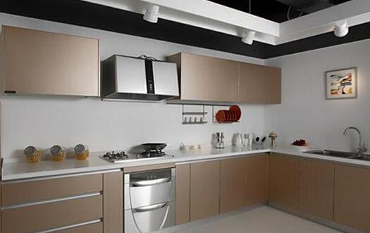 kitchen cabinet door glass knobs 厨柜门价格是多少 厨柜门选择注意事项是什么 房天下装修知识