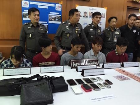 Thái Lan, bắt giữ, người Việt, phạm tội, ăn cắp, du khách, điện thoại