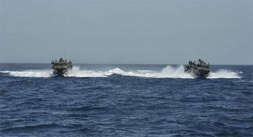 Iran, hải quân, Mỹ, tàu, thủy thủ, bắt giữ, vùng biển, lãnh hải