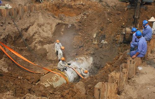 truy tố, đường ống nước Sông Đà, vỡ đường ống nước