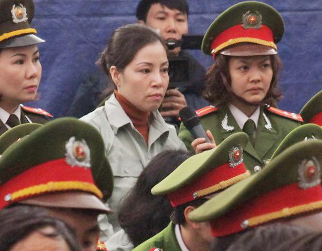 Nữ tử tù có thai trong trại giam, tử hình, thảm sát, khủng bố, tòa lưu động, tử tù Nguyễn Thị Huệ