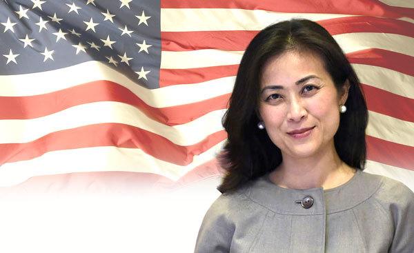 Elizabeth Phú, cố vấn, Hội đồng An ninh Quốc gia, Bộ Quốc phòng Mỹ, Tổng thống Mỹ, Barack Obama, Barack Obama đến Việt Nam