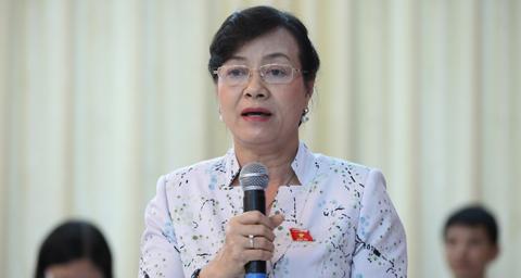 Phạm Khánh Phong Lan, Nguyễn Thị Quyết Tâm, bảo hiểm y tế