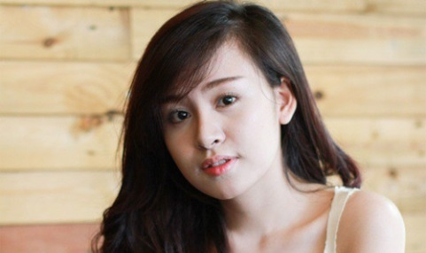 Bà Tưng, Facebook, truyền thông xã hội, nổi tiếng, hotgirl, nổi loạn
