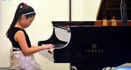 Quách Hoàng Nhi, Tạ Quang Đông, giải thưởng, Việt Nam, piano, cuộc thi piano quốc tế Mozart