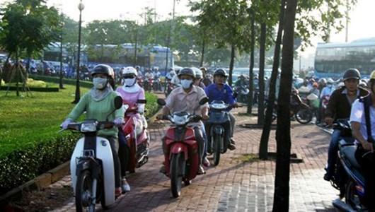 kỹ năng đi xe máy, giao thông