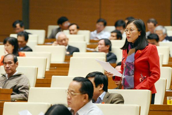 Lê Thị Nga, Bùi Thị An, nghị quyết 35, phiếu tín nhiệm
