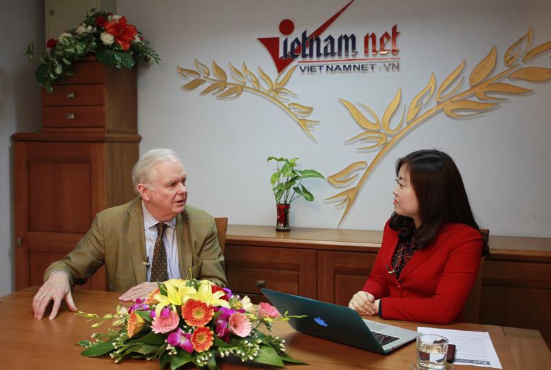 Đại học Fulbright Việt Nam, Thomas Vallely, tự chủ đại học