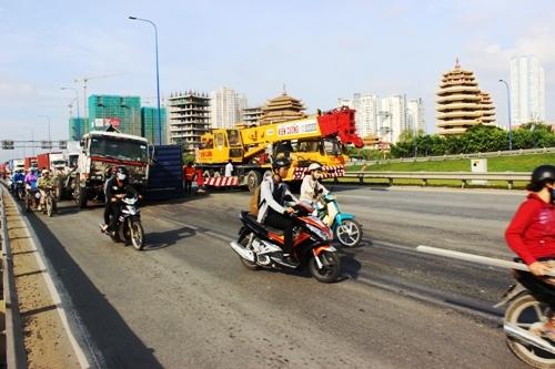 đại lộ nghìn tỷ, mai Chí thọ, quận 2, Sài Gòn