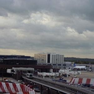 Gatwick Airport sees two airlines collaborate
