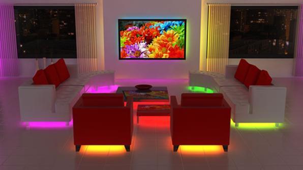 A decoração futurista investe em formas redondas e exóticas , faz alusão ao espaço e ao cosmos, abusa de cores contrastantes e néons, e claro, conta com vários aparelhos tecnológicos - Reprodução/Internet
