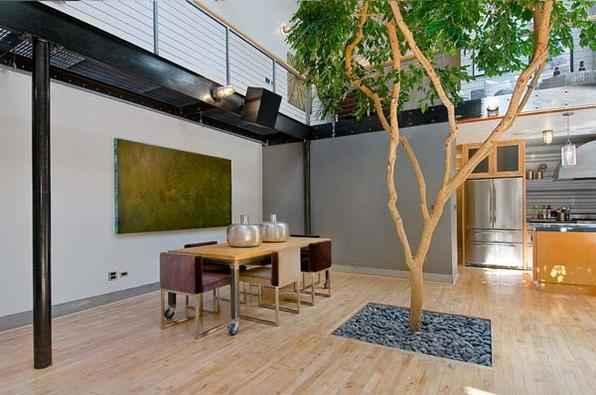 As árvores podem fazer parte da decoração, deixando o ambiente inusitado e totalmente ligado à natureza - Reprodução/Internet