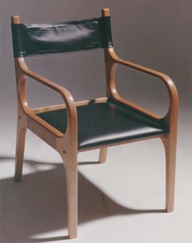 Cadeira Augusto, da designer Aida Boal, uma das grandes criadoras do design moderno (1991) (MHN/Divulgação)