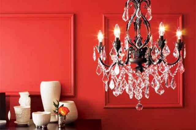 Independente da proposta de decoração, o lustre faz a diferença e torna o ambiente único (Reprodução/Internet)