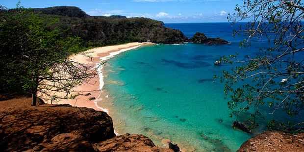 Baía do Sancho. Foto: Antônio Melcop/Secretaria de Turismo de Pernambuco