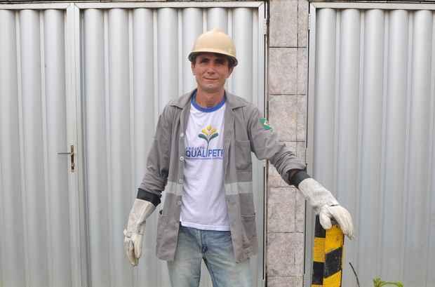 Em busca de qualificação e melhores oportunidades no mercado de trabalho, Humberto Souza, investiu em um curso de eletricista montador. Foto: Julio Jacobina/DP/D.A Press